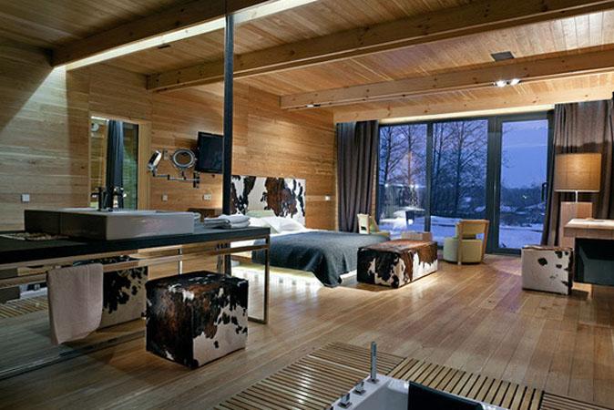 2-pine-house-hotel-in-poltava