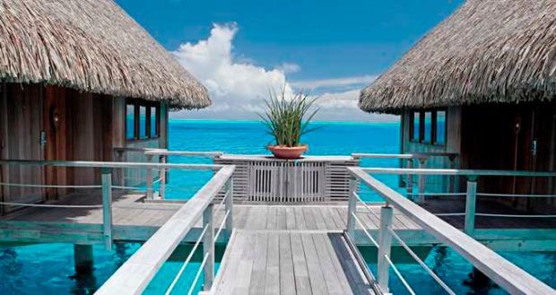 Deluxe Overwater Villas - Exterior View