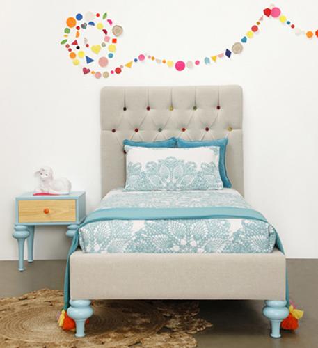 ConfettiFlorentine Bed front RGB